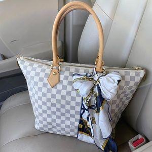 🌸 authentic Louis Vuitton Damier Azur Saleya🌸